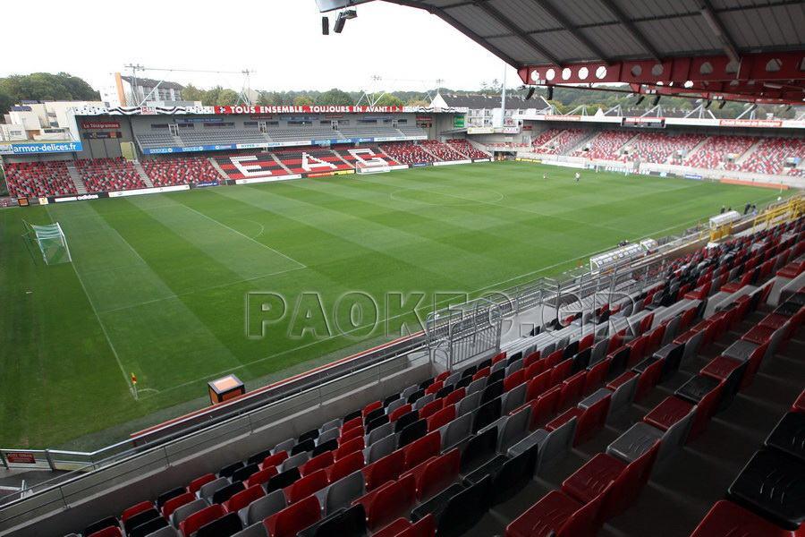 [Guingamp] Stade de Roudourou (18.256) : Ligue 1 - Page 17